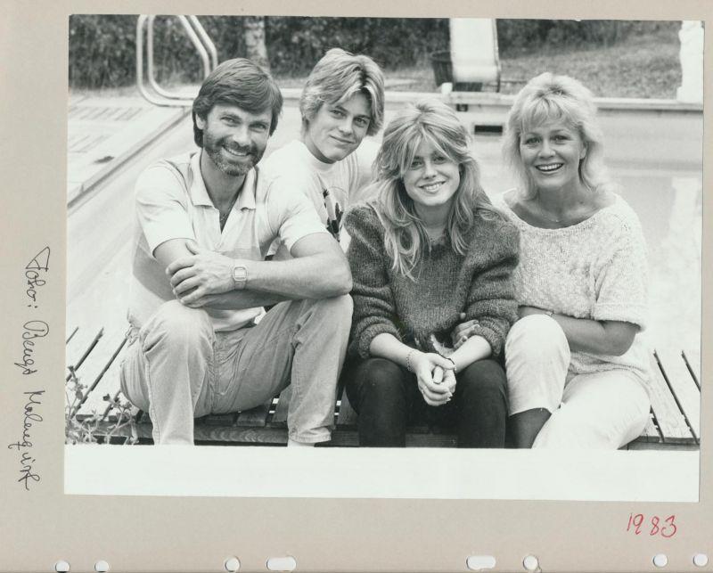 1983 06