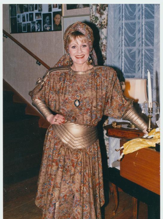 1989 Ryska klänningen Zlava Zeizef Rysslands Dior